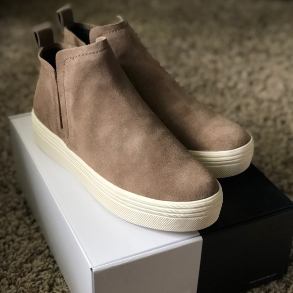 New Dolce Vita Tate Sneaker Taupe Size